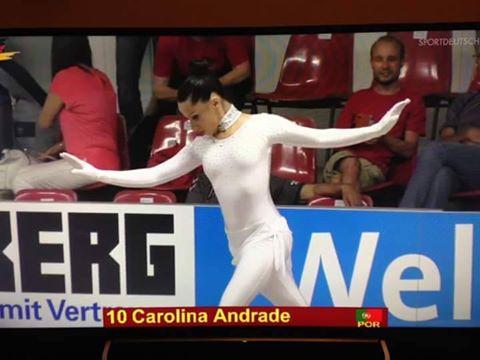 Carolina em 7º após programa curto